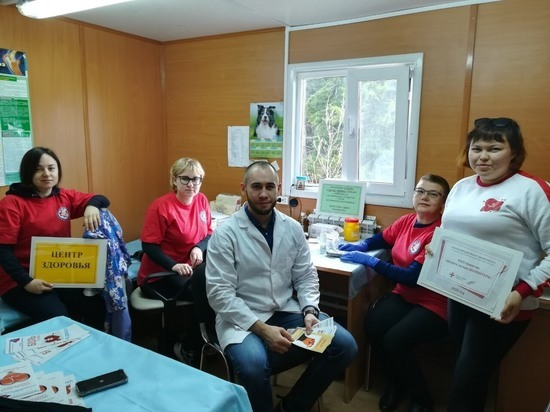 Врачи-волонтеры из Салехарда приехали к жителям Пельвожа