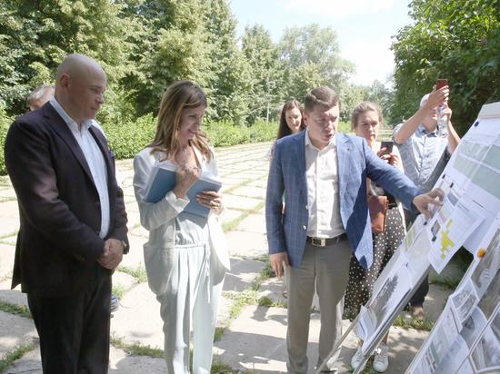 Игорь Артамонов проверил как обустраивают бульвар Сорокина