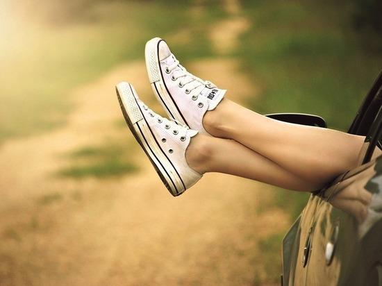 Китаянки устроили флешмоб с небритыми ногами