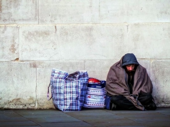 В Калининграде бездомные забрались в чужую квартиру и жили в ней