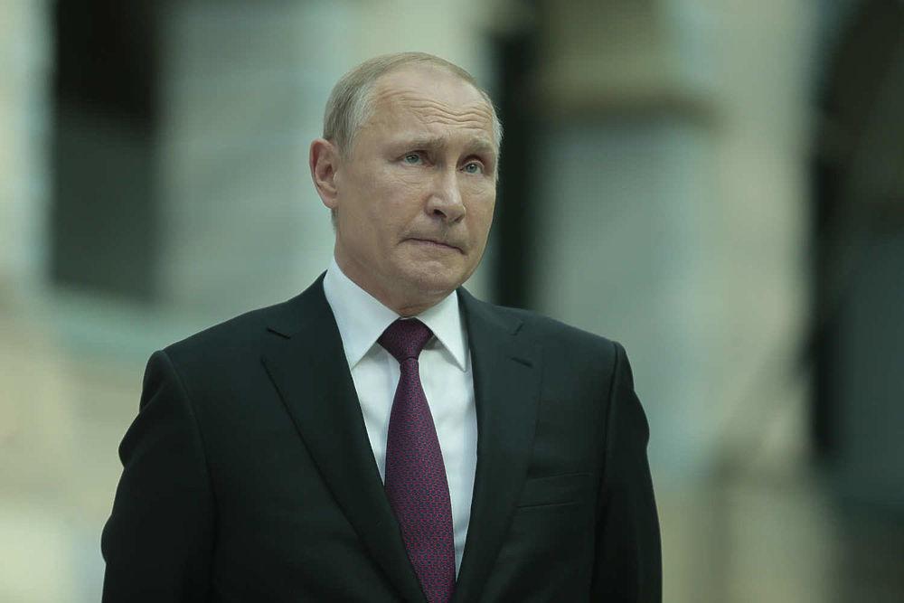 После прямой линии Путин провел неформальную беседу: мимика президента