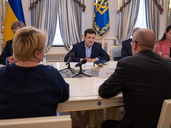 Зеленский испугался сойти с ума в здании администрации президента Украины