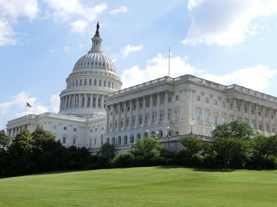 Палата представителей США предоставила Украине помощь в размере $700 млн