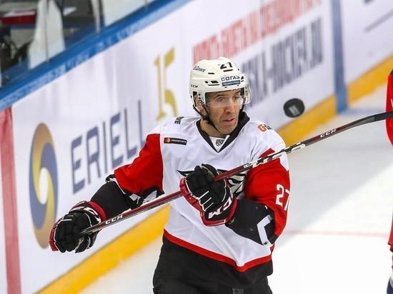 После «Авангарда» канадский игрок решил бросить хоккей