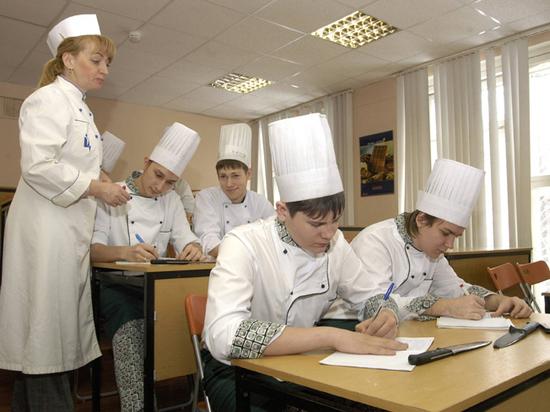 Порядок выдачи дипломов учащимся техникумов решили поменять