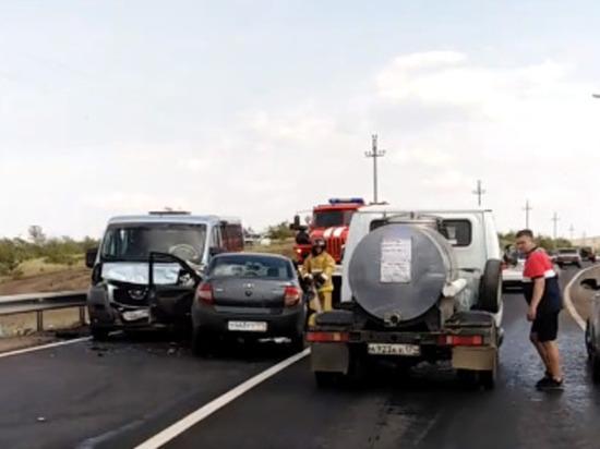 Страшное ДТП в Магнитогорске: водитель погиб, семь человек пострадали, большинство из них дети