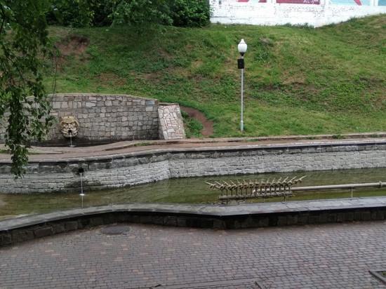 Кировский фонтан в сквере имени 60-летия СССР очистят и отремонтируют