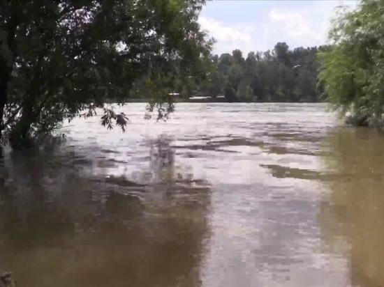 Из-за дождей в Приангарье поднялся уровень рек