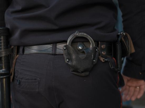 Курский полицейский устроил стрельбу из-за детей с мячом