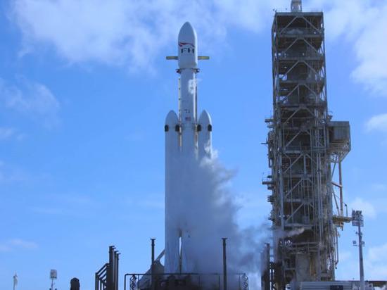 Falcon Heavy за один рейс выведет на орбиту более 20 аппаратов