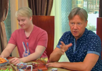 Сын Дмитрия Харатьяна вырос его копией