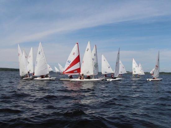 На Рыбинском водохранилище прошли соревнования по парусному спорту