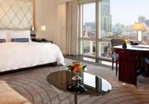 Transparency раскрыла многомиллионные траты Минпромторга на шикарные отели