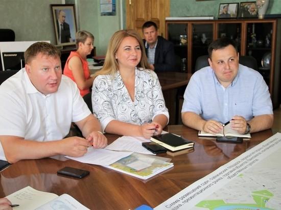 Шесть больших афиш установят в Пскове на Ганзу
