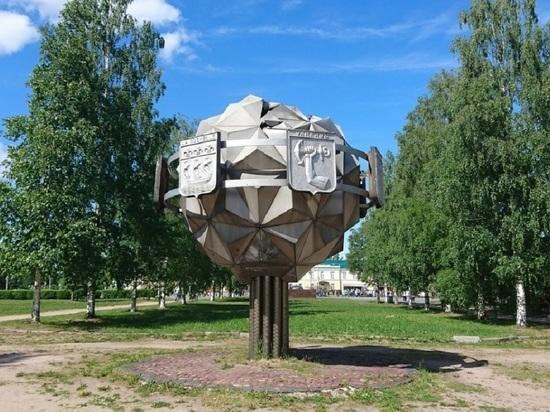 Вопрос о Стеле воинской славы в Петрозаводске стал политически-развлекательным