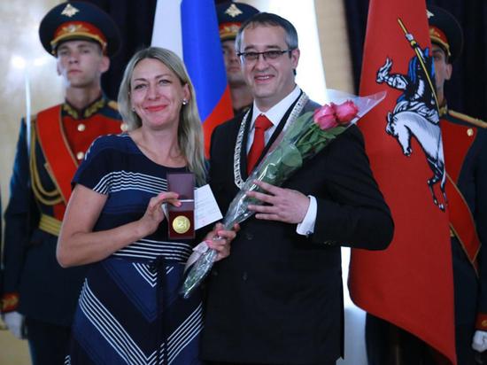 Награды получили главный редактор, обозреватель газеты и целый отдел
