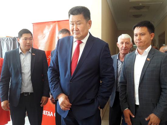 Плюсы и минусы кандидата в мэры Улан-Удэ Вячеслава Мархаева