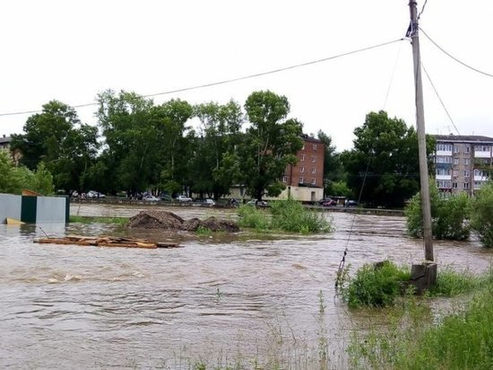 Из-за повышения уровня воды в Приангарье реки подтопляют посёлки