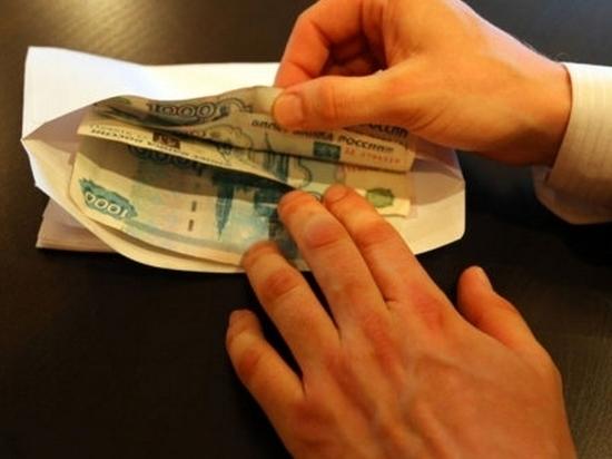 Председатель райсобрания депутатов в Калмыкии подозревается в получении взятки