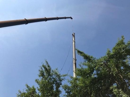 «На шесть метров выше»: в Калининградской котельной установили новую трубу