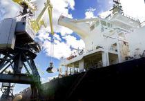 Работники Мурманского торгового порта бьют рекорды