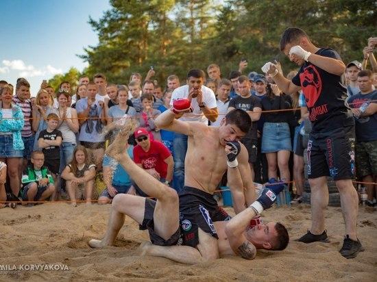 Мальчики кровавые в глазах: мускулистые бойцы ММА бились в Песках