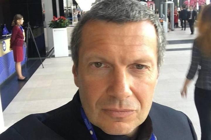 Соловьев ответил вдове Доренко на «мерзкую карлицу»