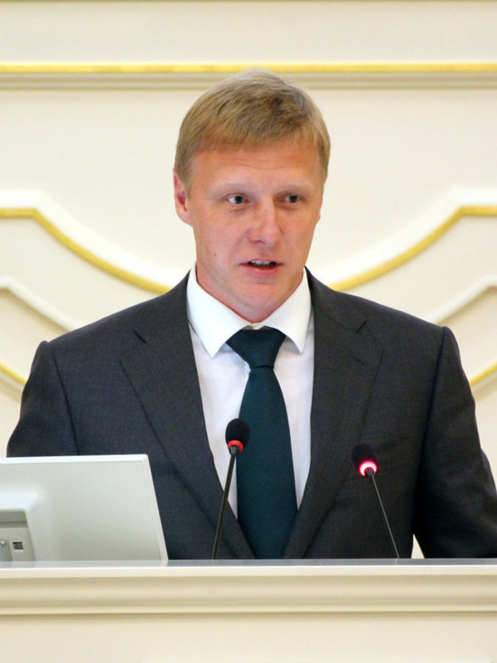 Олег Капитанов официально попрощался со статусом депутата ЗакСа