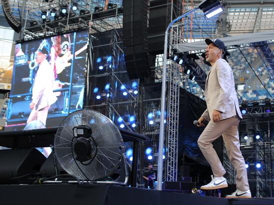 Концерт группировки «Ленинград» собрал на стадионе более 40 тысяч зрителей