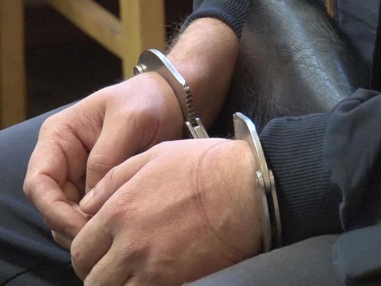 В Крыму на бывшего пристава завели сразу семь уголовных дел