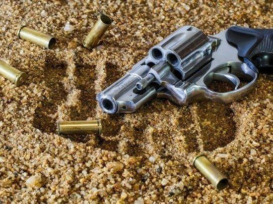 ФСБ задержала банду контрабандистов-оружейников в Новом Уренгое