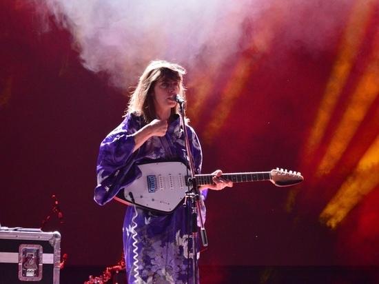 Знаменитая французская певица дала бесплатный концерт в Ростове