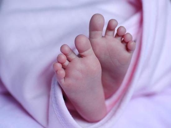 Москвичка скрыла беременность от мужа и спрятала младенца в шкаф