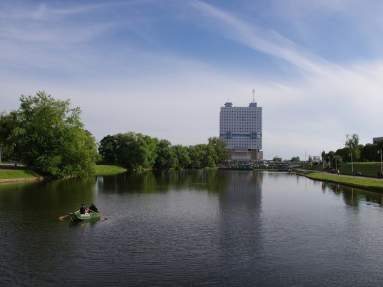 В Калининграде на Нижнем озере утонул мужчина