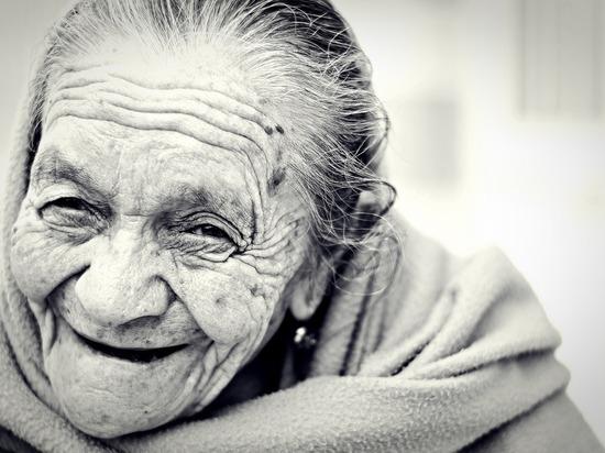 Волонтеры Ямала устроят день мечты для бабушки-инвалида