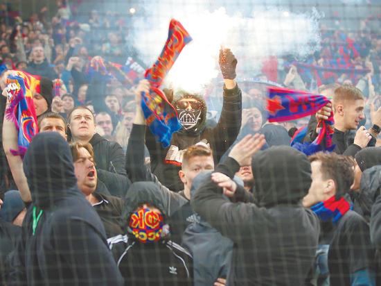 Абонементная программа московских футбольных клубов вызвала вопросы