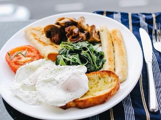 Внимание: эти 6 завтраков зря считают полезными