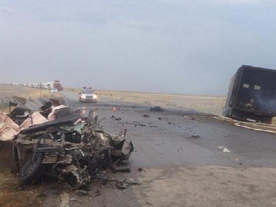 В аварии на дороге Калмыкии погибло пять человек