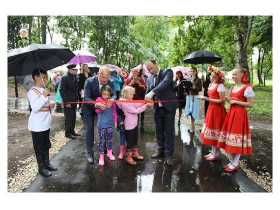 По просьбам местных жителей в Липицах благоустроили парк