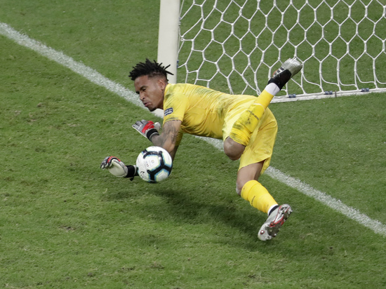 Система видеоповторов оставила четвертьфиналы Кубка Америки без голов
