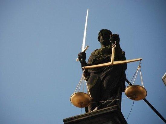 Душителя из Ноябрьска судят за убийство 23-летней давности