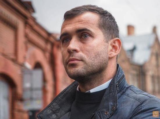 Кержаков рассказал о гнилом и покрашенном поле на «Петровском»