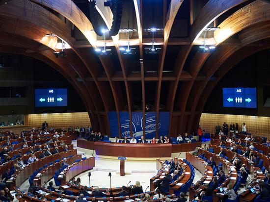 Еврокомиссия может заговорить по-русски: найден компромиссный кандидат