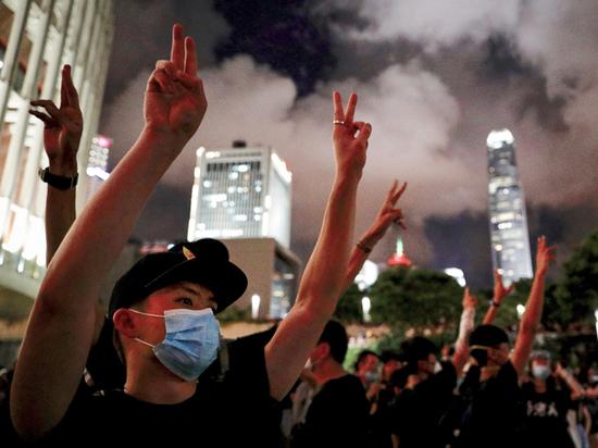 Китаю подкинули сценарий майдана через Гонконг