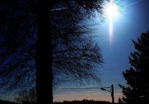 Инструкцию по правильной фотосъемке НЛО разработали специалисты Научно-исследовательского объединения «Космопоиск» в Москве накануне Дня уфолога, который отмечается 2 июля во всем мире