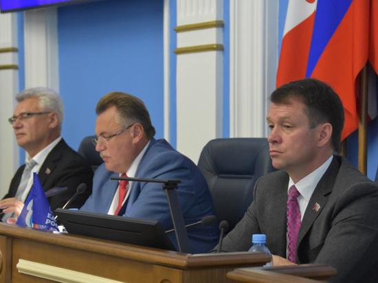 Перед парламентскими каникулами депутаты сосредоточились на бюджете, муниципальной собственности и благоустройстве