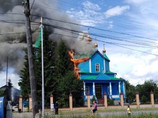 Сгорел храм в Чимеевском монастыре, где хранится главная святыня Зауралья