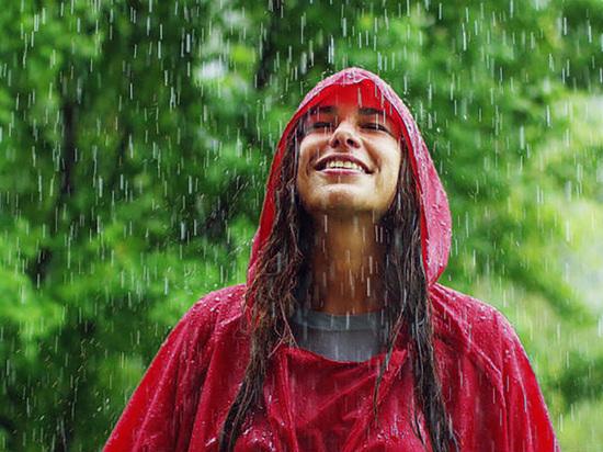 В Калининграде на Дне города будут раздавать дождевики