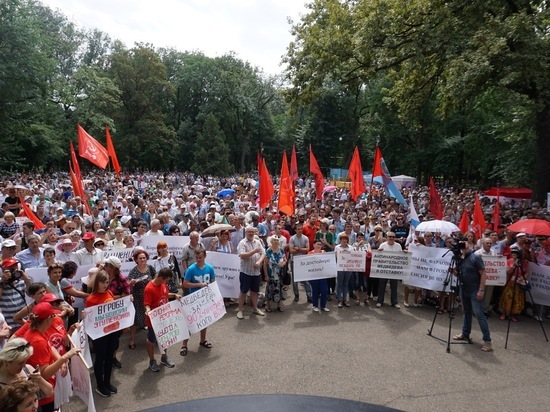 Краснодарцы выйдут на общегородской митинг по транспортным проблемам