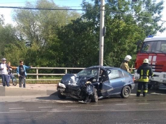 В Калининграде на Киевской произошло ДТП с участием маршрутки